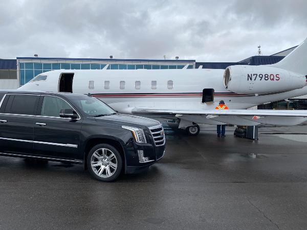Cadillac escalade ESV for Airport Transfer